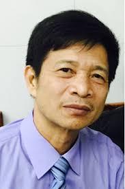 Nguyễn Trọng Hoàn bốc thơm Nguyễn Khoa Điềm