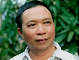 Nguyễn Ngọc Phú bốc thơm Hữu Thỉnh...