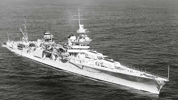 30/07/1945: Tàu USS Indianapolis bị tấn công