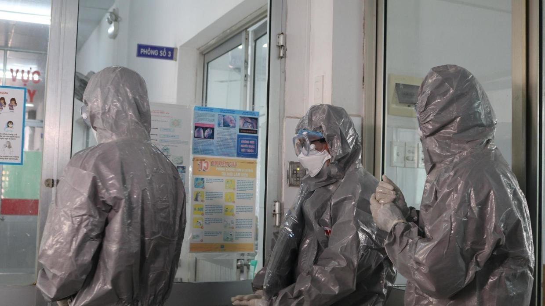 Việt Nam lập bệnh viện dã chiến để đối phó với virus corona